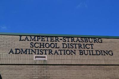 Lampter-Strasburg School District sign