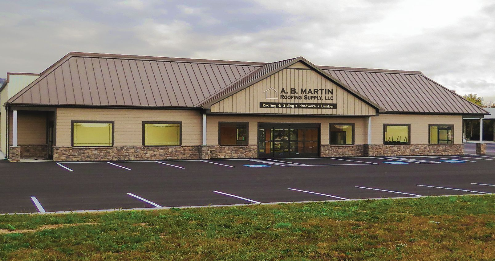 Lovely A.B. Martin Roofing Supply Has A Larger Hardware Store At Its New Ephrata  Location At 82 Garden Spot Road.