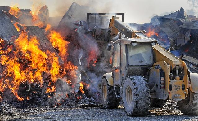 Daylong Fire Destroys Huge Barn Full Of Hay On Star Rock Farms News Lancasteronline Com