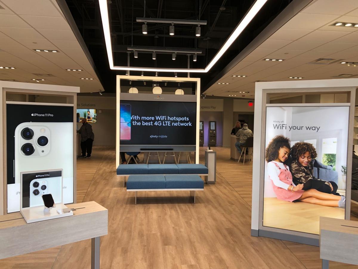 Xfinity Store at Belmont interior