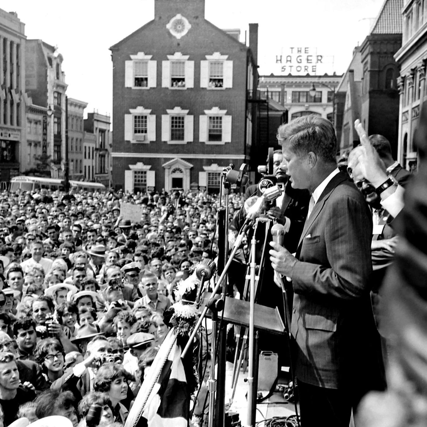 Through the viewfinder inset: JFK