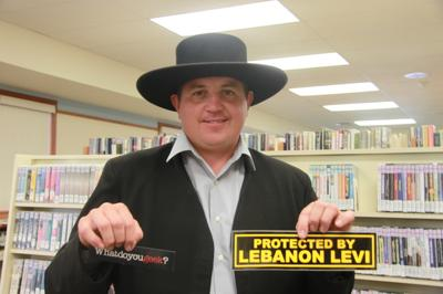 Lebanon Levi draws donors to New Holland library