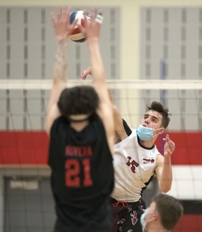 Hempfield vs Warwick-LL Boys Volleyball