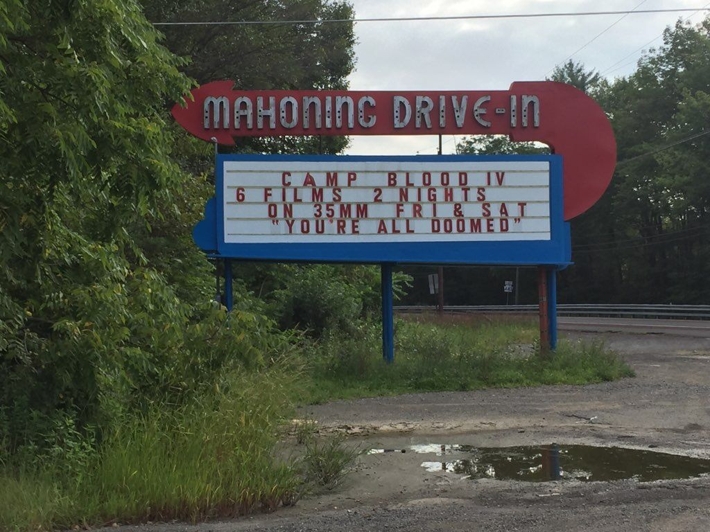 Mahoning Drive-in sign