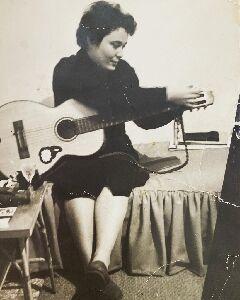 Deborah Lucchesi Benjamin