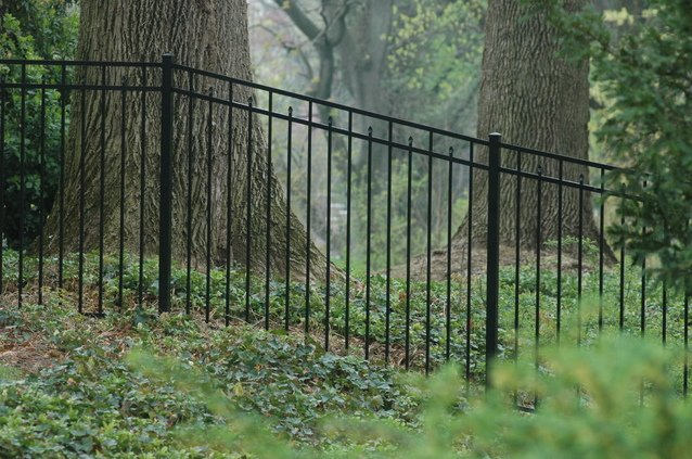 How To Imagine Plan Design And Install A Backyard Fence