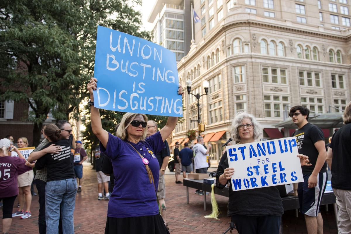 Armstrong Union supporters in Penn Square