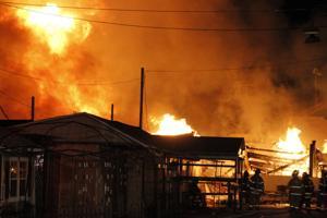 major two alarm fire at green dragon farm market in. Black Bedroom Furniture Sets. Home Design Ideas