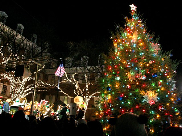 tree lighting and tuba christmas usher in the holiday season in downtown lancaster friday entertainment lancasteronlinecom