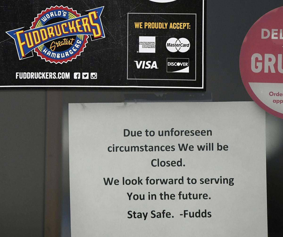 Closed Signs on Restaurants in Lancaster County