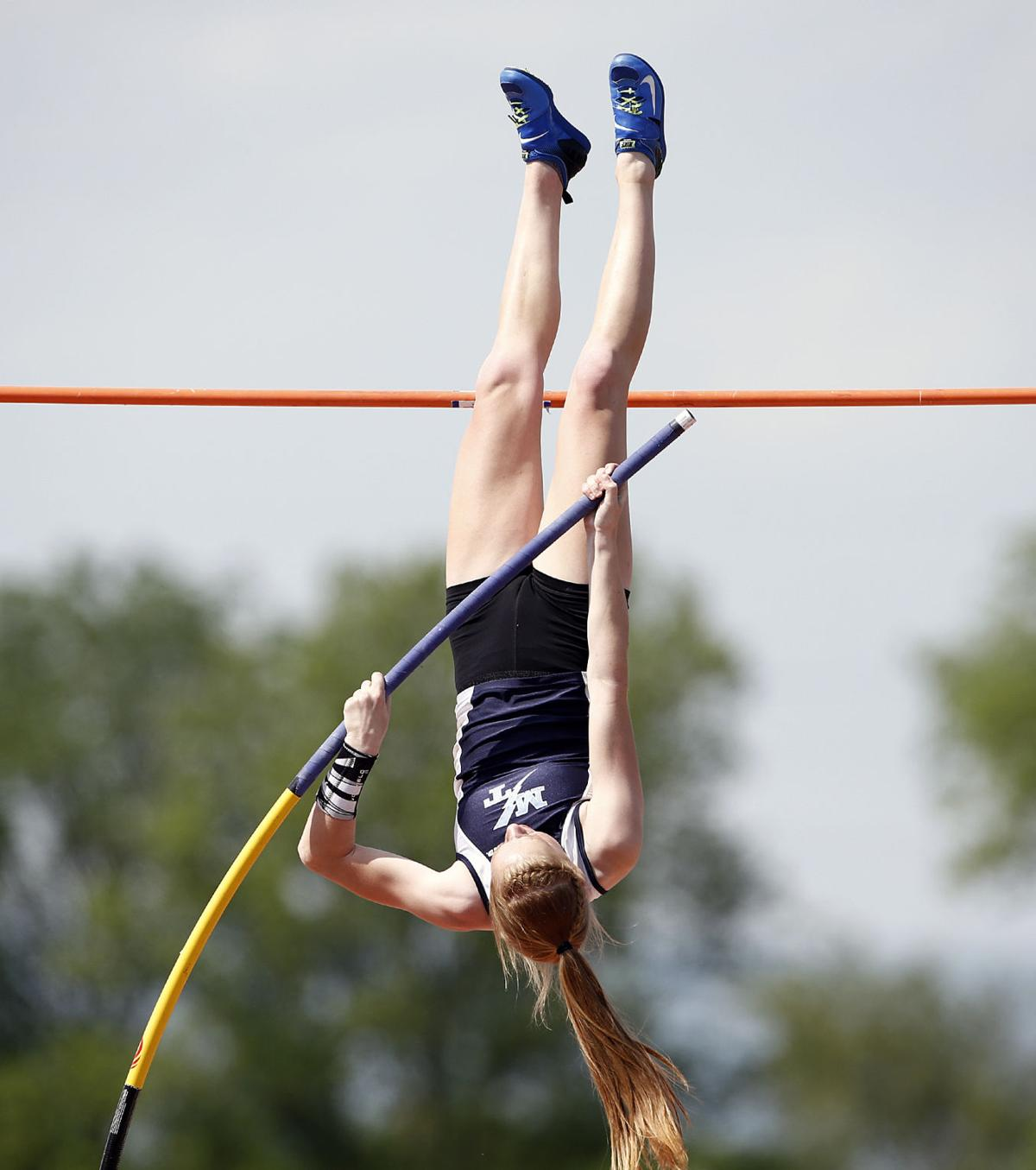 District 3 girls track roundup: Columbia's Wakefield wins