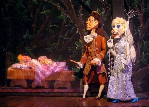 A puppet master puts together his next show | Entertainment