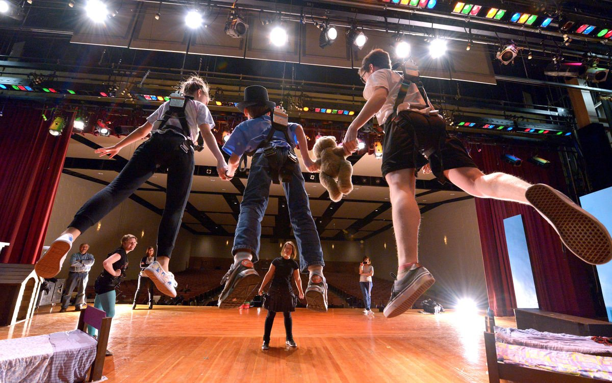 54fcbe54452e4.image?resize=1200%2C751 solanco students flying high in practice for 'peter pan' local  at edmiracle.co