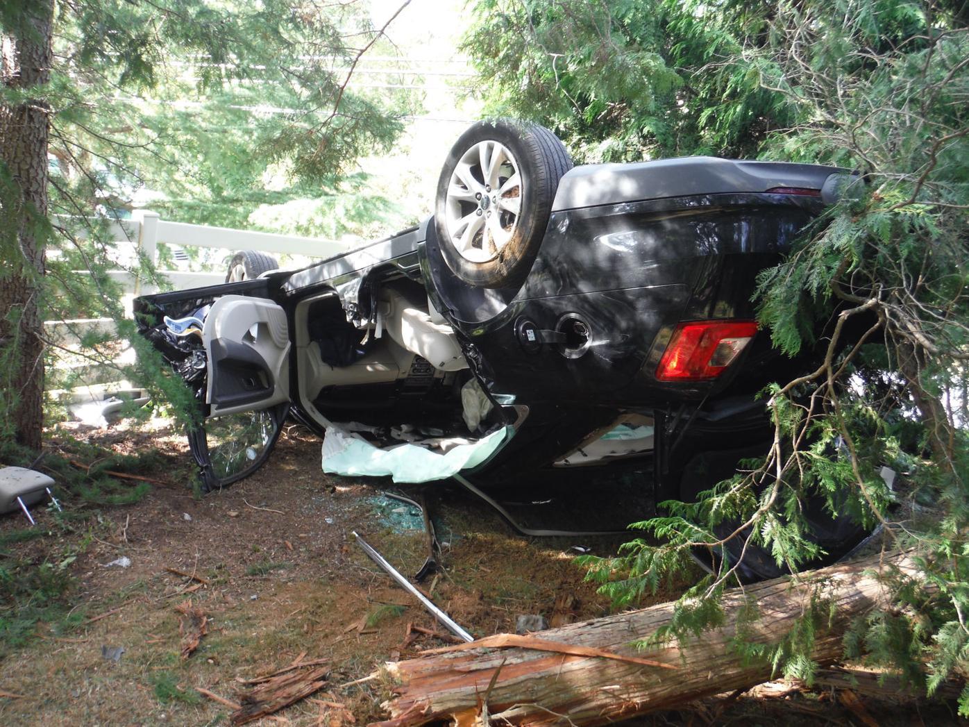 Car overturn Northwest Regional police