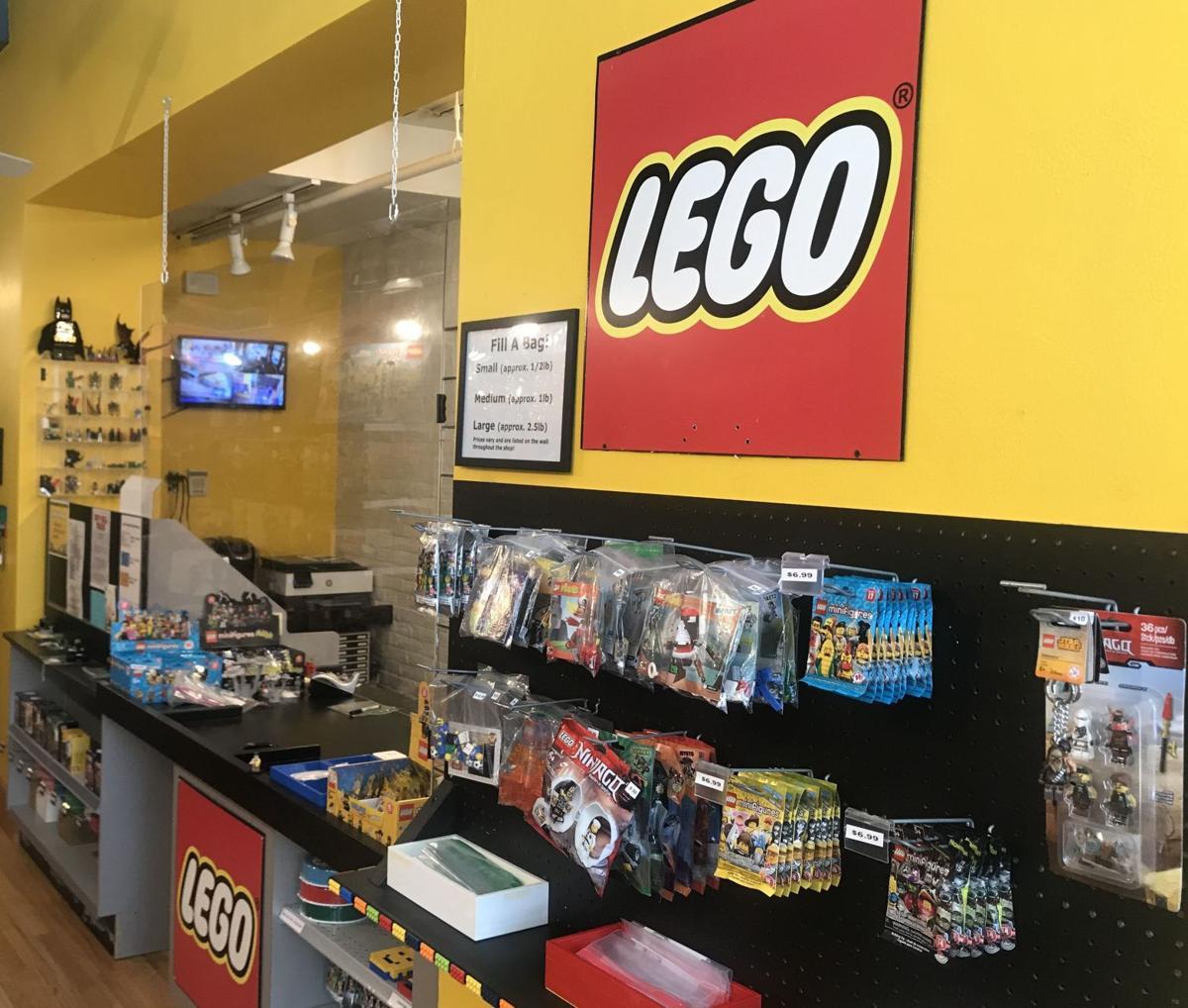 Legostorecroppe.jpg