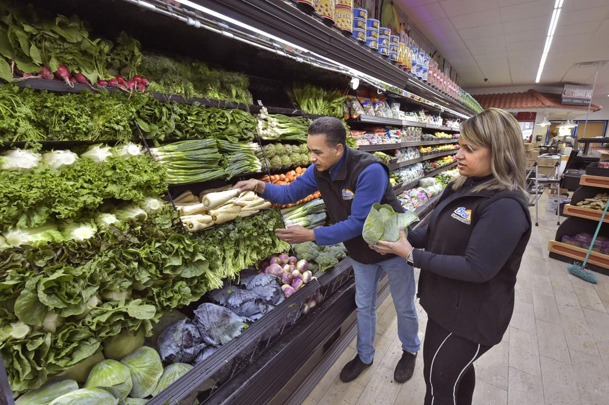 Bravo Supermarket opens on West King Street; Owners of C-Town will operate  full-service store | Local News | lancasteronline.com