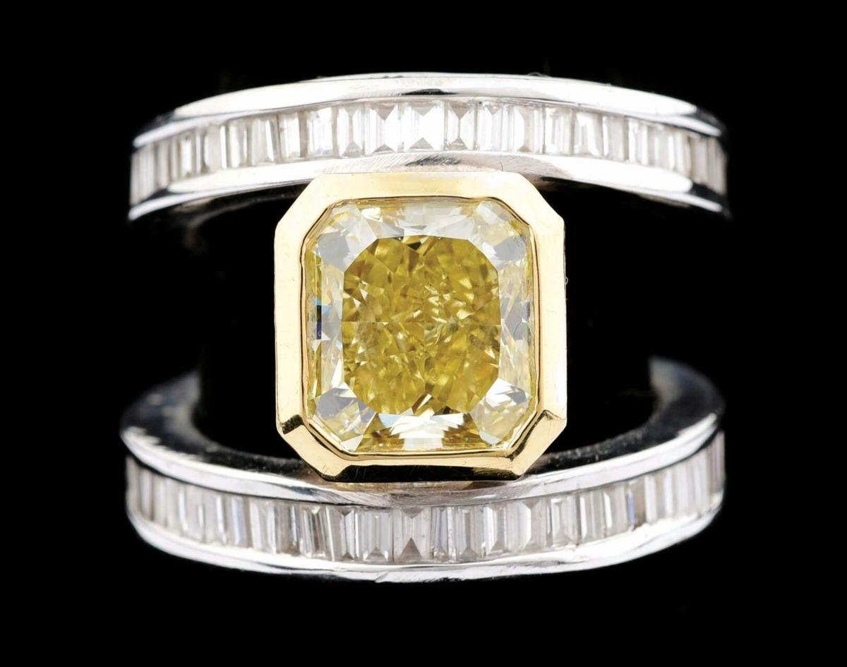 Morphy's auction white gold ring