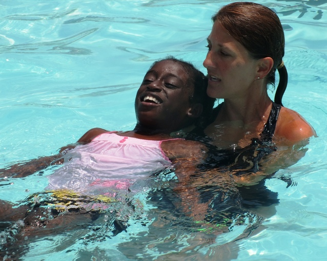 Skyline Swim Team Teaches Swimming At Boys Girls Club Camp News