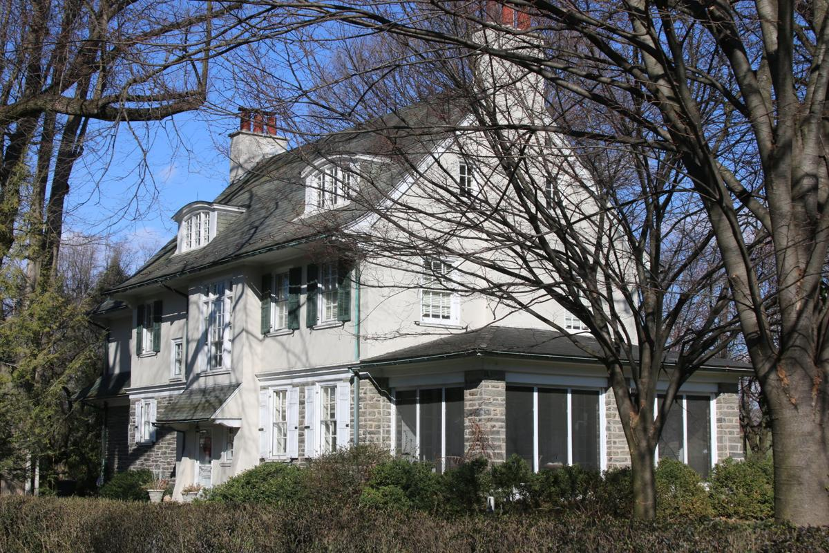 C E Urban Residence 1914 1009 Buchanan Ave Colonial Revival 1.JPG
