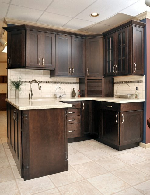 Here Is What Por In Kitchen Cabinets Countertops And Liances