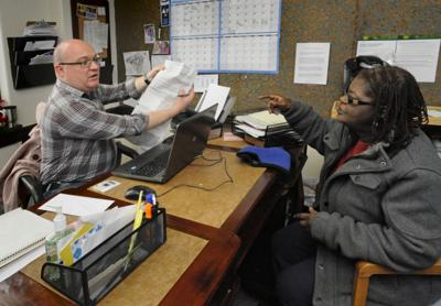 Local ObamaCare advocates say conflicting rulings create confusion
