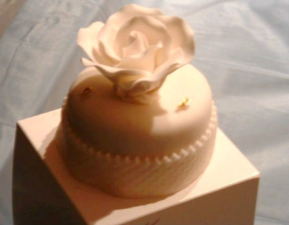 Trump wedding cake Barberet