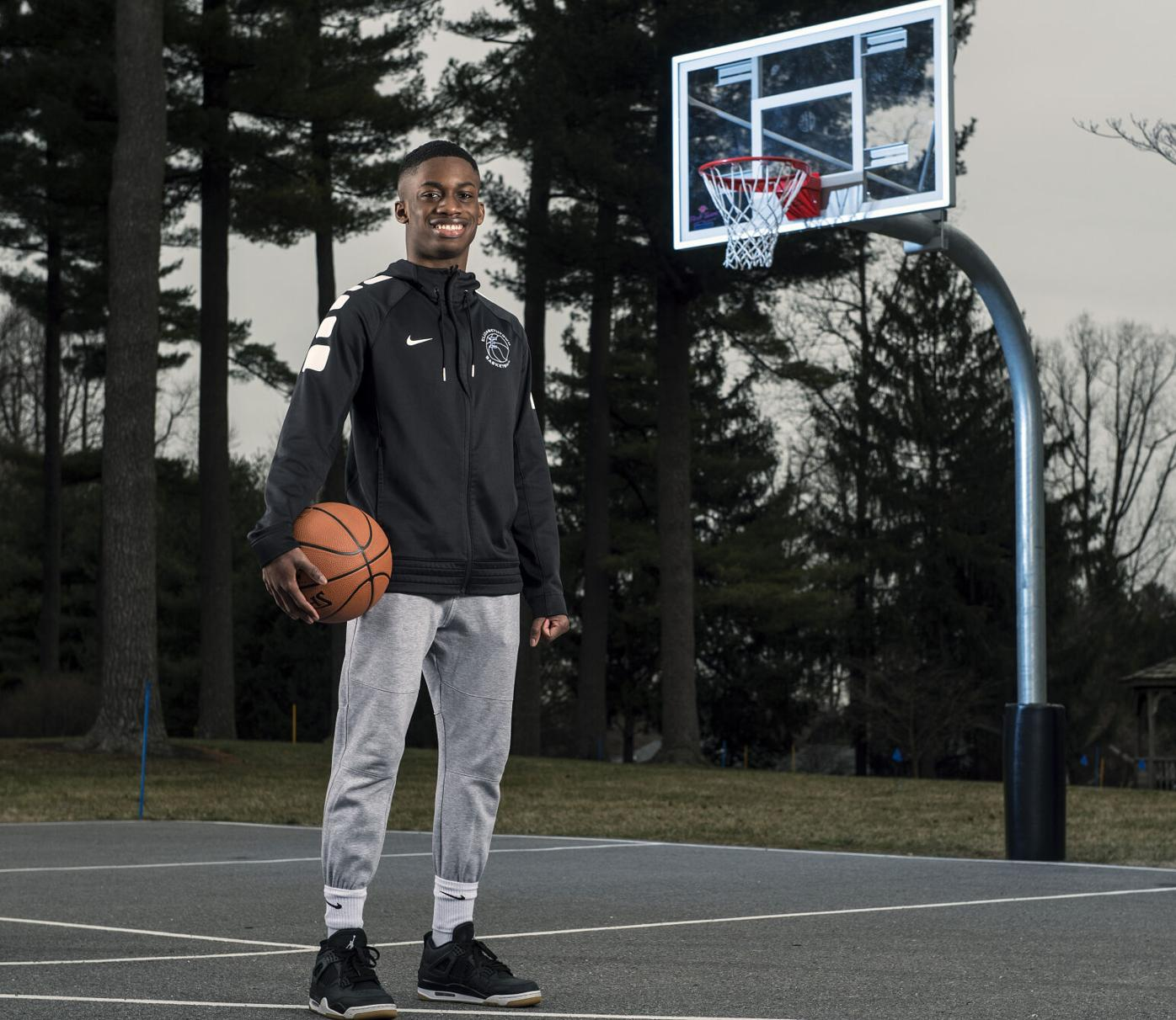 Techeal Gonquoi-Etown Basketball