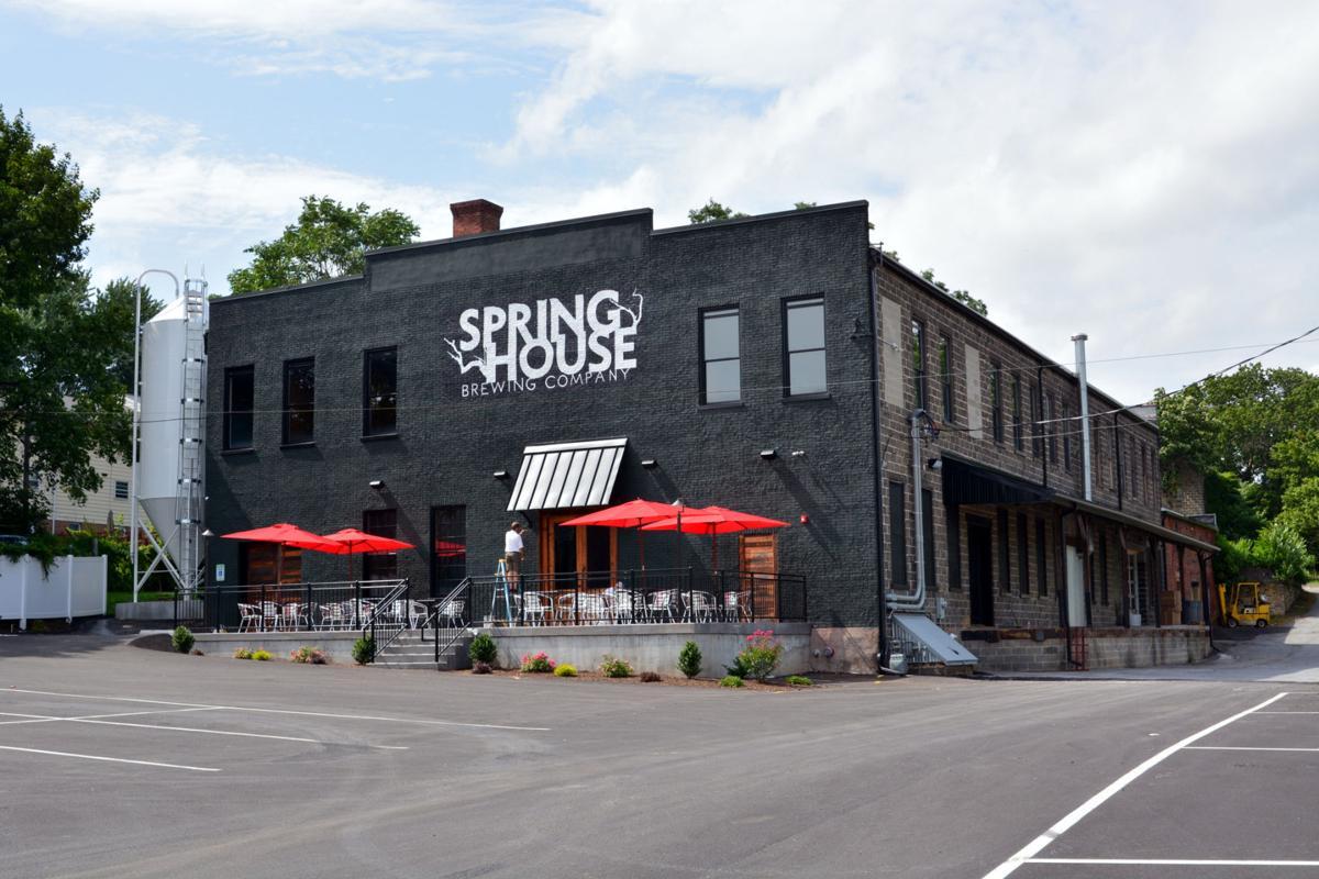 springhouse_7915_01.JPG