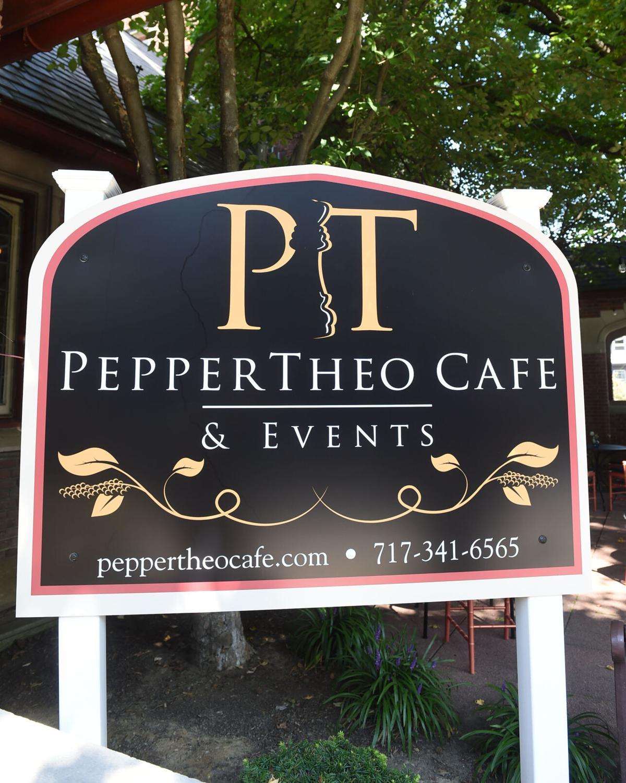PepperTheoCafe002.jpg