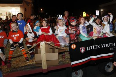 Lititz Halloween Parade12.JPG
