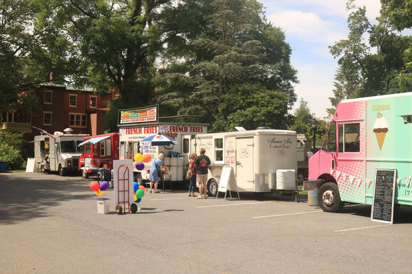 Food truck fest M5.JPG