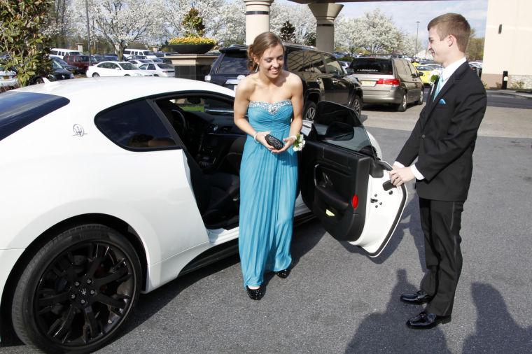 Photos: 2014 Lampeter-Strasburg High School Prom | Prom ...