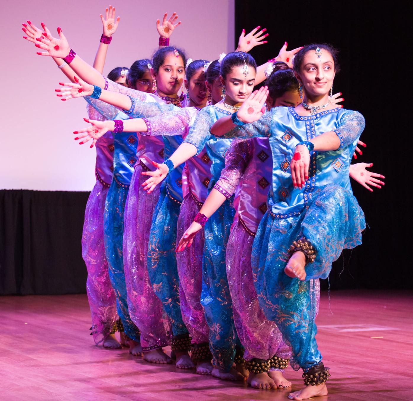 s8 namaste indian festival story 3.jpg
