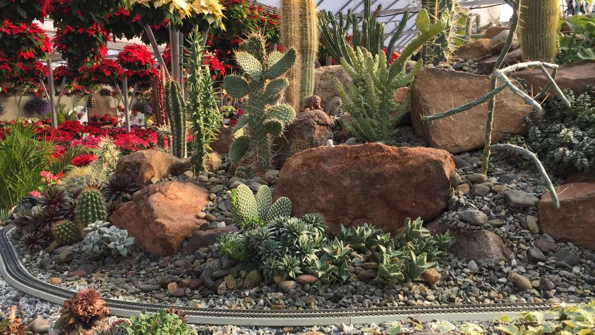 Model railroad in Ephrata has desert and fairy garden filled with ...