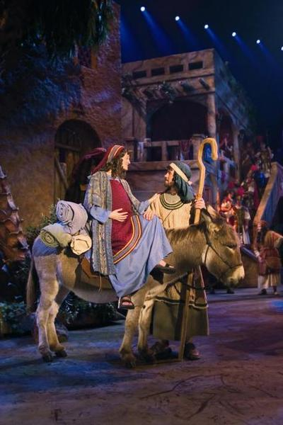 Sight And Sound Miracle Of Christmas.Miracle Of Christmas Returns To Sight Sound Theatre