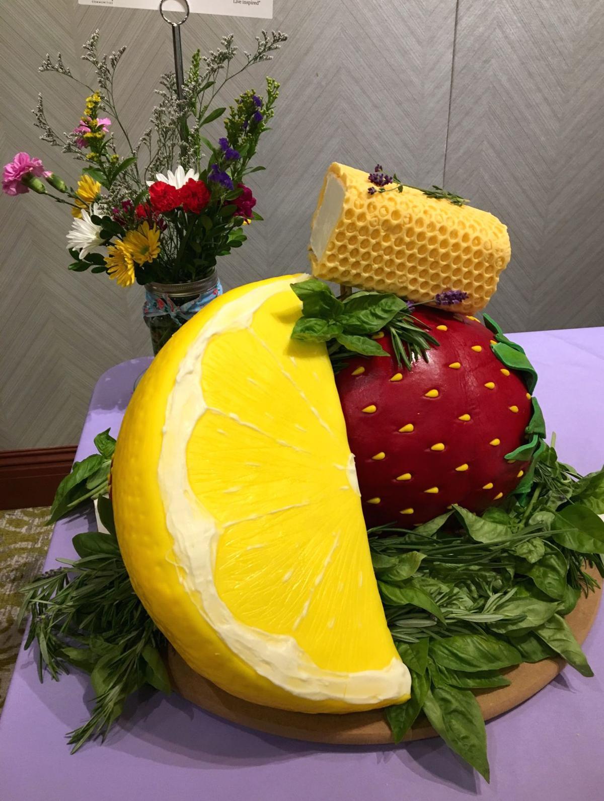 Star Baker 37 Winning cake.jpg