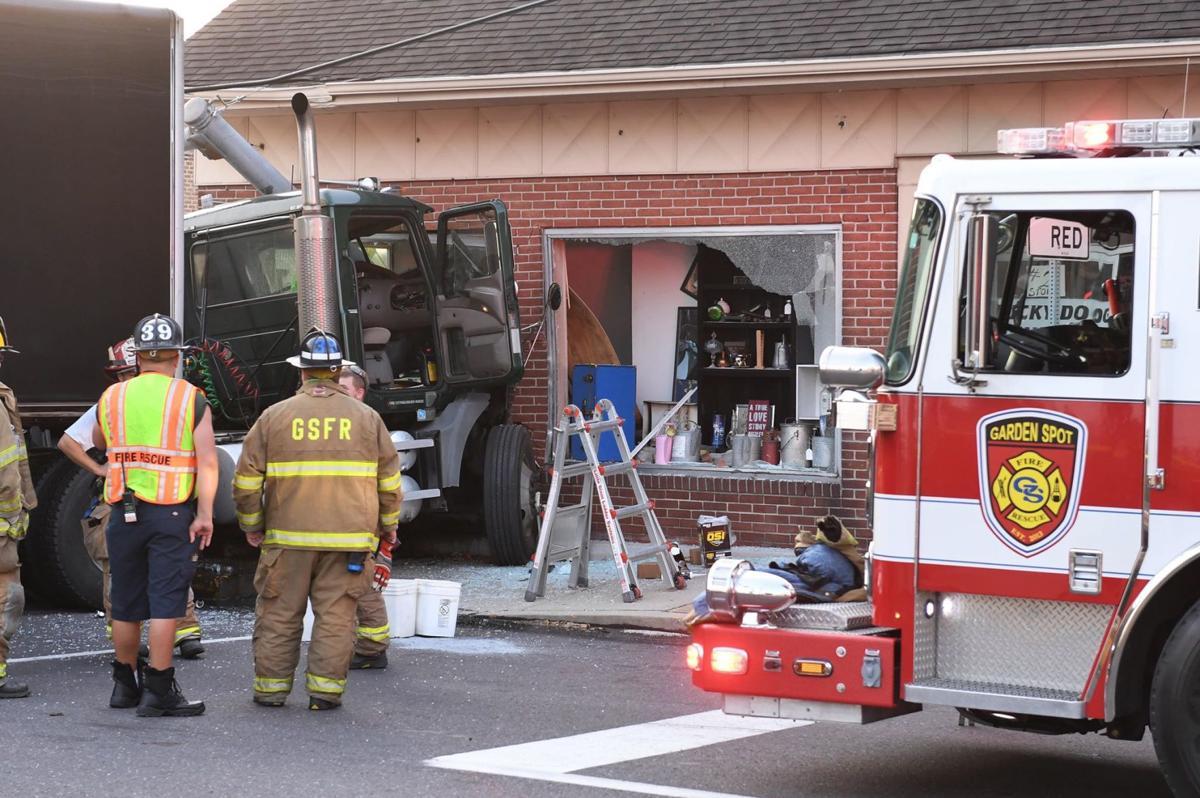 New Holland Borough tractor-trailer crash 091119