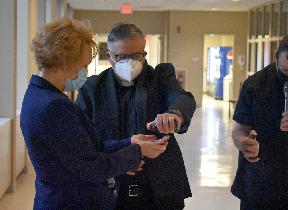 Blessing of the hands at Excela Latrobe Hospital celebrates 'healing work' of nurses