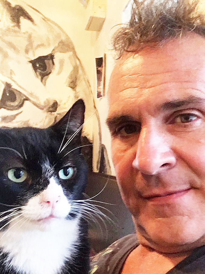 Local artist Raphael Pantalone gets national attention for cat mural