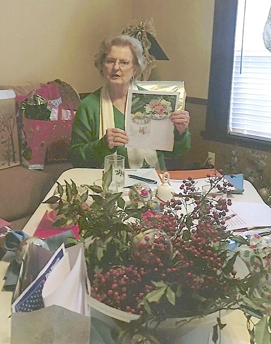 Simply Southern Garden Club met in the home of Serry Buckhaults for the Christmas party and program by Jimmie Nell Long..jpg