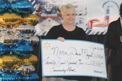 Walmart gives $2,500 to Nora Davis