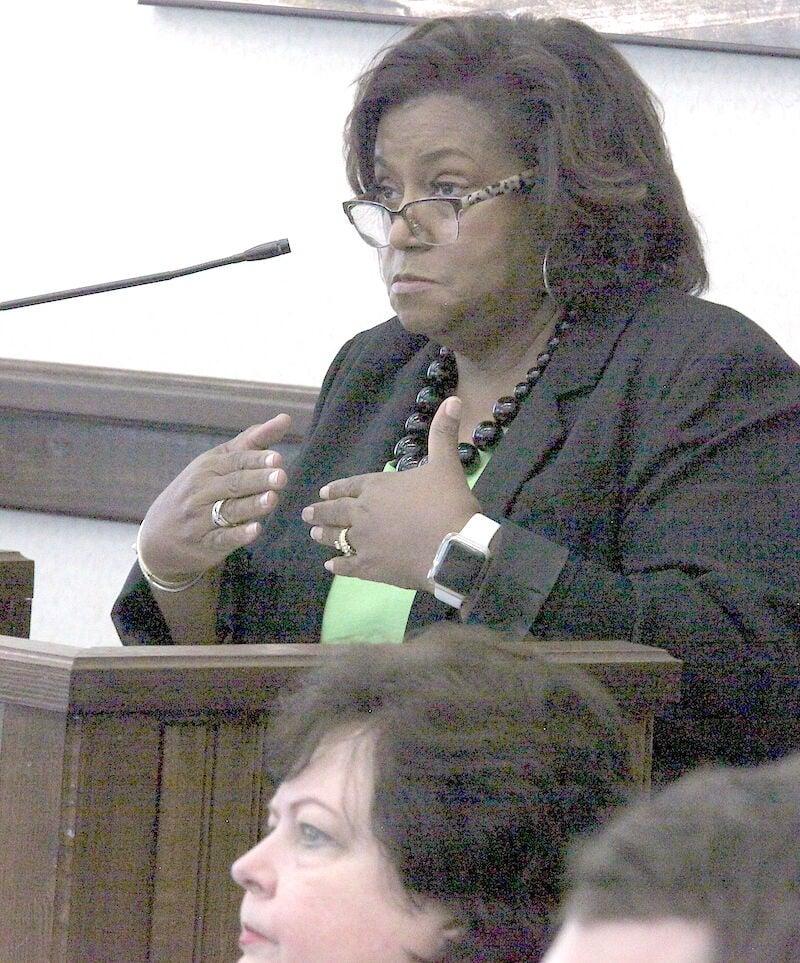 4.8 City Council, HR Director Nellie Satcher talks to the council. (Photo by Mark Thornton).jpg