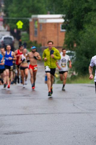 Rain on the 10K didn't keep the runners down