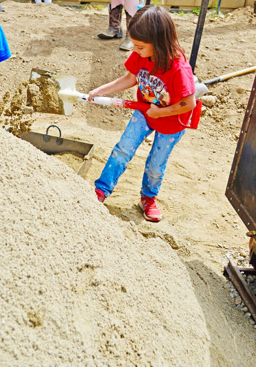 Boom Days kids' hand-mucking competition
