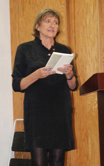 Donna Baier Stein reads