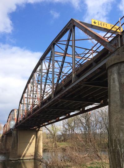 Gasconade River Bridge - looking up