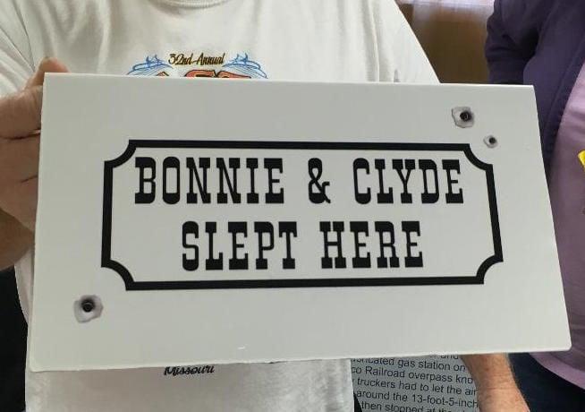 Bonnie & Clyde 11-5-19.JPG