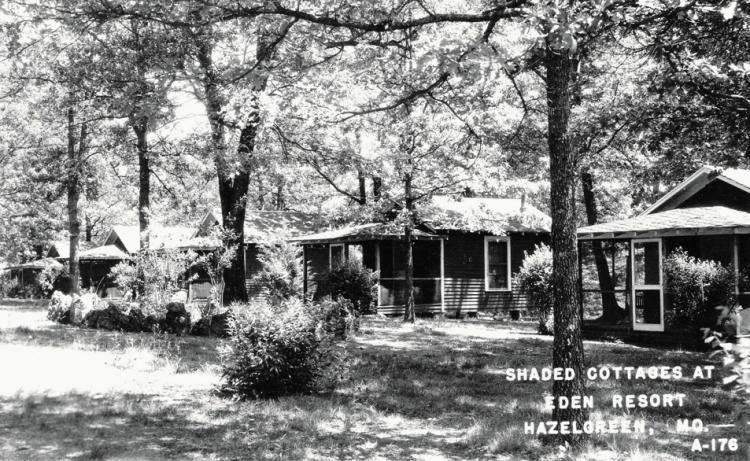 Shaded cottages at Eden Resort