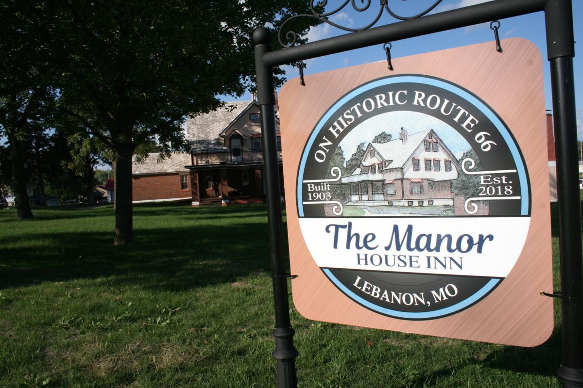 1a-Manor_2353.JPG