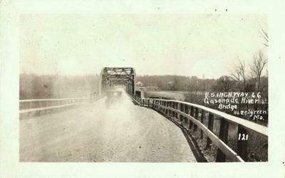 Gasconade River Bridge (very old)